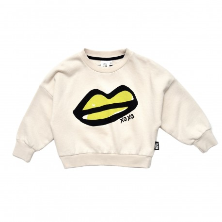 XOXO lips cropped sweater