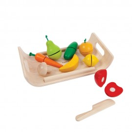 Wooden fruits and vegetables set