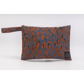 Flat Pouch Leo-Terracotta - Medium