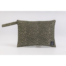 Flat Pouch Metallic Green - Medium