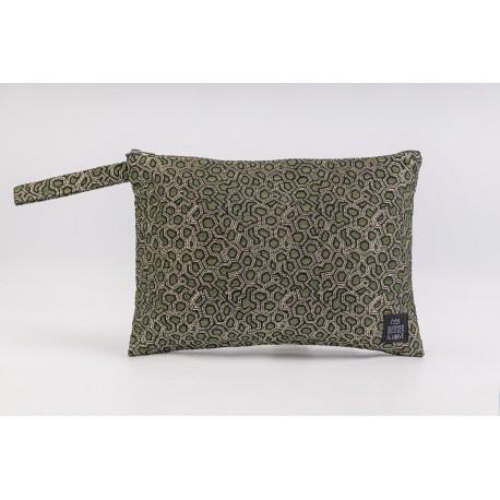 Flat Pouch Metallic Green - Medium